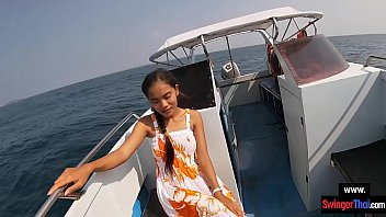 Amateur teen couple had sex on a rented boat in public