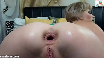 Webcam - Analfist with messy prolapse and squirt