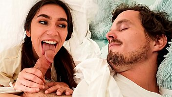 StepSister Wake Up her Stepbrother with a Blowjob (Gianna Gem)