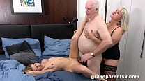 Au-Pair Trying out a Worn Out Cock 10 min