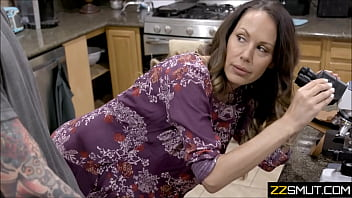 Horny Son and Mature Mom 6 min