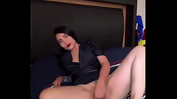 Beautiful hot latina online to have a good time and use my toys or do you want to see me fuck on cam?