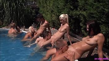 Wet babes challenge   vol.3