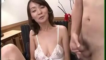 Yukie hanjo enjoying with young guy