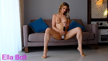 Surprised by her Daddy , she has real multiple orgasms with her new toy 19 min