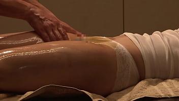 https://bit.ly/31H6WbM Minami Aoyama Luxury Aroma Oil Sexy Massage Part 1