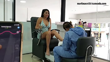 Martinasmith go to the Salon and get a squirt
