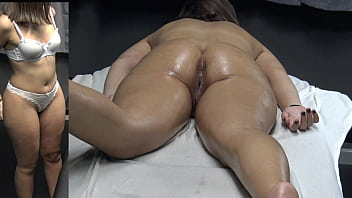 Her Pussy Getting Wet after a Good Fingering Fuck by her Masseur at the Massage Center