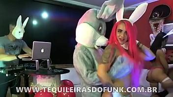 LIVE SEXY FEST - SURUBÃO DAS COELHINHAS