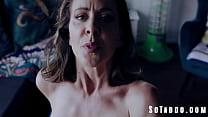 Sex Addict MILF Goes Crazy In Lockdown - Cherie Deville