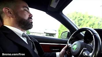 Alt Inked (Bo Sinn) makes corporate bear his lil bottem in the parking lot - Bromo