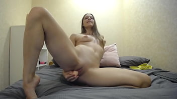 can't stop squirting with legs wide open