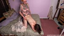 Hot Amateur Threesome 5 min