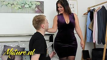 Big Booty Spanish MILF Monste Swinger Fucked By Her Son's Bestfriend 11 min