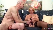 74 Jahre alte deutsche Oma und Opa haben Sex vor der Kamera