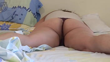 58-year-old wife and mother, Latina, mature, loves me to make him cum all over her body, she wants to fuck, she needs a cock, she calls the housekeeper to fuck her