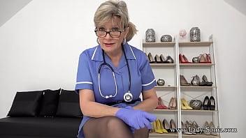 Slutty nurse Lady Sonia helps you rub one out
