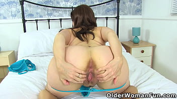 An older woman means fun part 478