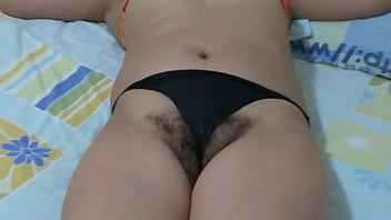 Spying the hairy pussy of my latina wife's mature sister, she loves me to look at her and jerk me off