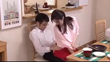 Japan sister sitting on lap - Link Full: bit.ly/3hFrZVa