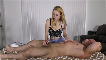 MIsty gives me a massage with a happy ending