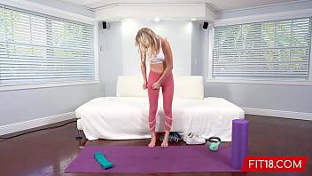 Fit18 - Braylin Bailey - Skinny Amateur Fitness Model Wants A Creampie 12 min