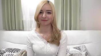 金髪ハーフ奥さんのドマゾ性交 西田カリナ