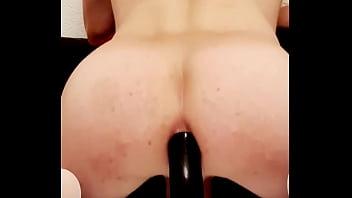 Treinamento de profundidade anal com meu plug de 50 cm