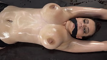 Big Tit Woman Restrained, Then Taunted by Pendulum - Short Version