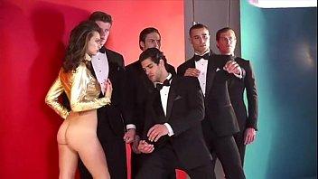 Emily Ratajkowski - GQ Nude Photoshoot 2013 HD