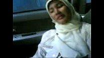 Sma jilbab mobil hot
