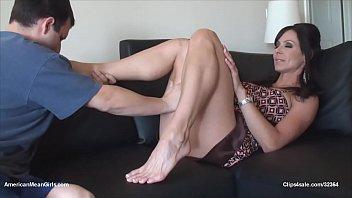 kendra foot worship