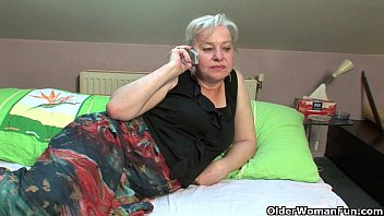 Cock starved grannies need a cum glazing 13 min