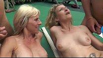 Old mature fucks blondes on bobvideosx