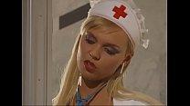 Nurse fucks hardcore - Geile Krankenschwester fickt und bläst