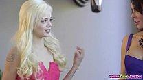 Jessica Jaymes teaches Elsa Jeans boyfriend to lick