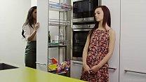 VivThomas - Alexa Tomas consoles her girlfriend Lea Guerlin