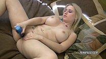 Blonde hottie Sammie Spades fucks her pussy with a toy