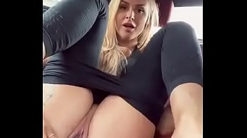 Corona masturbation quarantine in the car