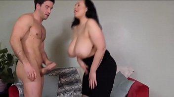 bbw girl with huge natural tits - BIGNATURALS69.COM