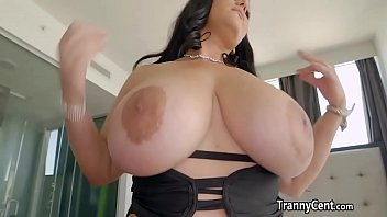 BBW enjoy shemale cock in her pussy
