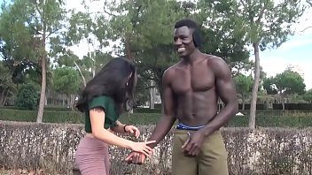 Alanis wants to bang that black dude she met at the park